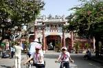 Eingang zum Quang-Dong-Tempel