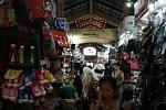 Eingang des Ben Thanh-Marktes in Saigon.