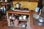 Hinter den Behandlungsräumen, hinter den Wohnräumen schließt sich die Küche an.